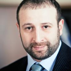 Эдуард Абрамов, генеральный директор группы компаний «Премиум», вице-президент Независимой наркологической гильдии психиатр-нарколог, психотерапевт