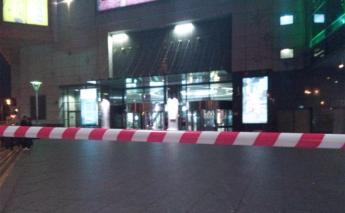 В Москве эвакуировали два ТЦ