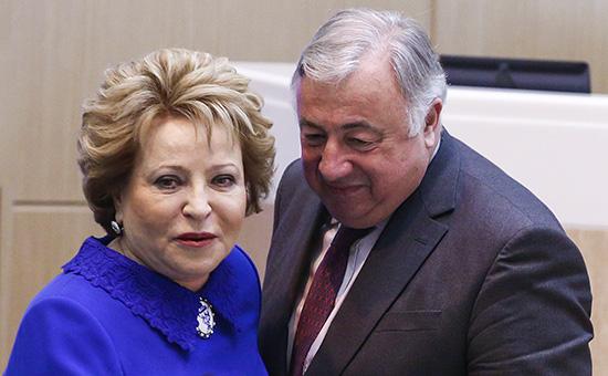 Сенаторы Франции выступили противсанкций вотношениироссийских коллег