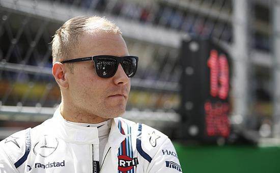 Валттери Боттас из Mercedes AMG F1 впервые выиграл Гран-при России в Сочи