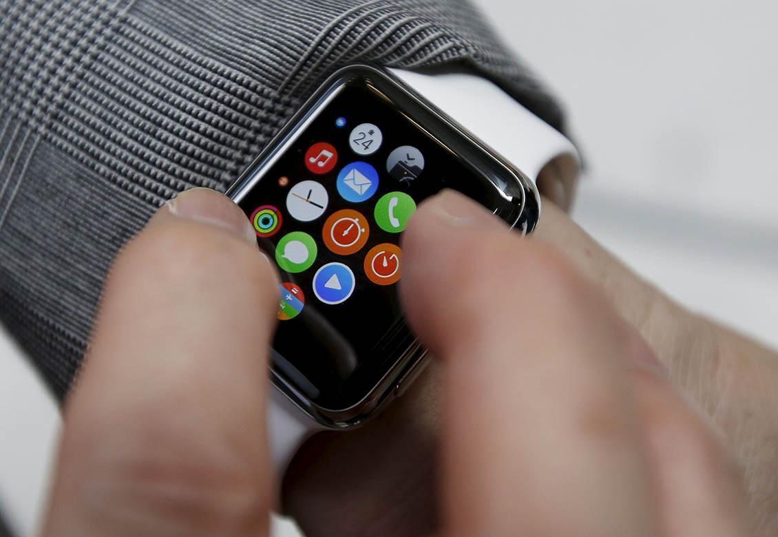 Верховный суд отказался считать Apple Watch простыми наручными часами