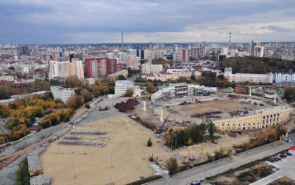 Подрядчик получил от УКС Екатеринбурга деньги за невыполненные работы