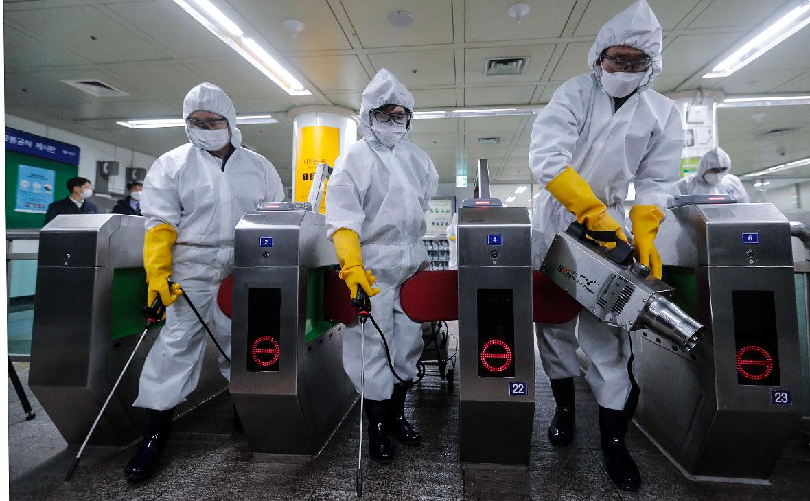 ВОЗ повысила оценку риска распространения коронавируса до «очень высокой»