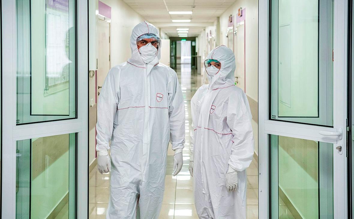 Число заражений коронавирусом за сутки в России впервые превысило 1 тыс.
