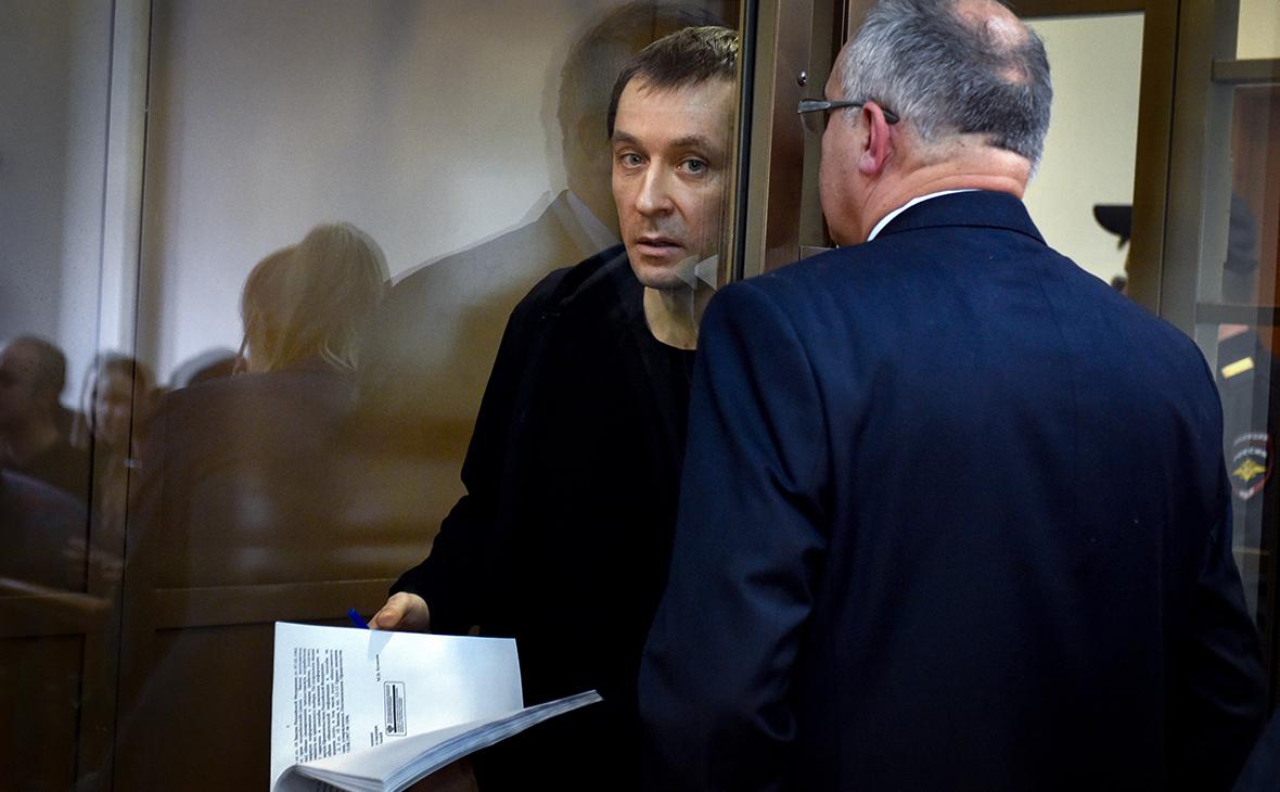 Следствие связало дело полковника Захарченко с «молдавским ландроматом»