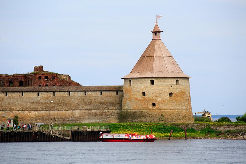 Петербург и Ленобласть свяжут свои крепости