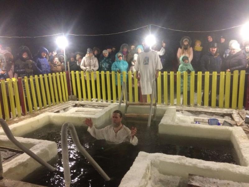 Более 5 тыс. татарстанцев уже окунулись в крещенские купели