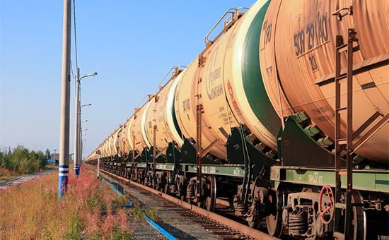 Россия впервые стала крупнейшим поставщиком нефти вКитай поитогам года