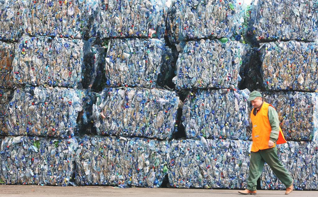 Доходные отходы: почему переработка вторсырья в России низкорентабельна