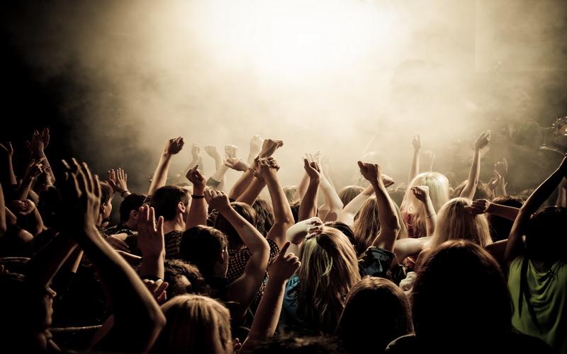РБК Weekend: Лолита, «Хорошая смерть» и показательные кормления