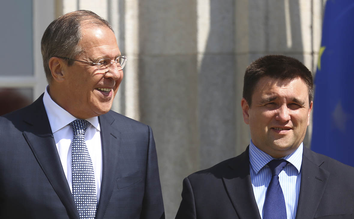 Главы МИД России и Украины начали первую за три года встречу