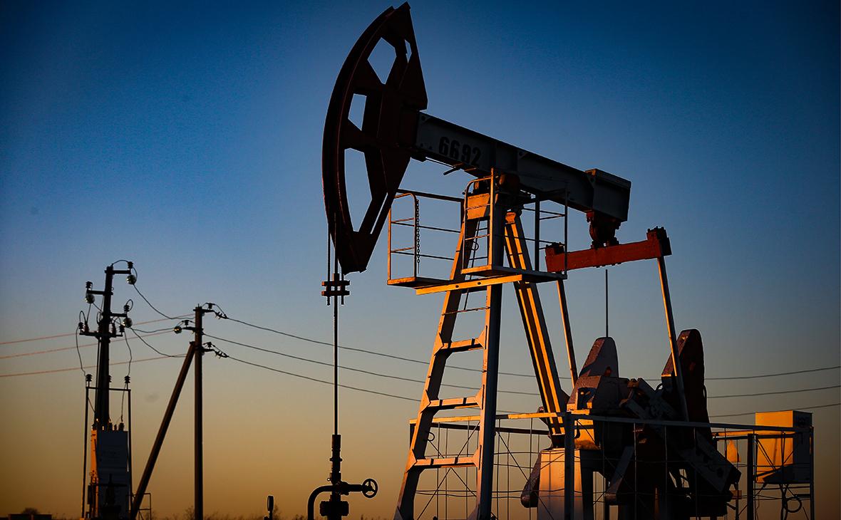 ОПЕК+ согласовала новое сокращение добычи нефти