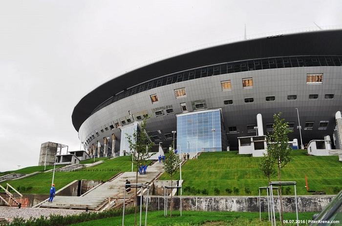 Объявлена схема движения транспорта на Крестовском в июне 2017 года
