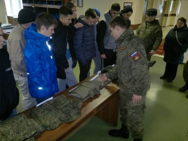 В Петербурге не смогли найти каждого второго уклоняющегося призывника