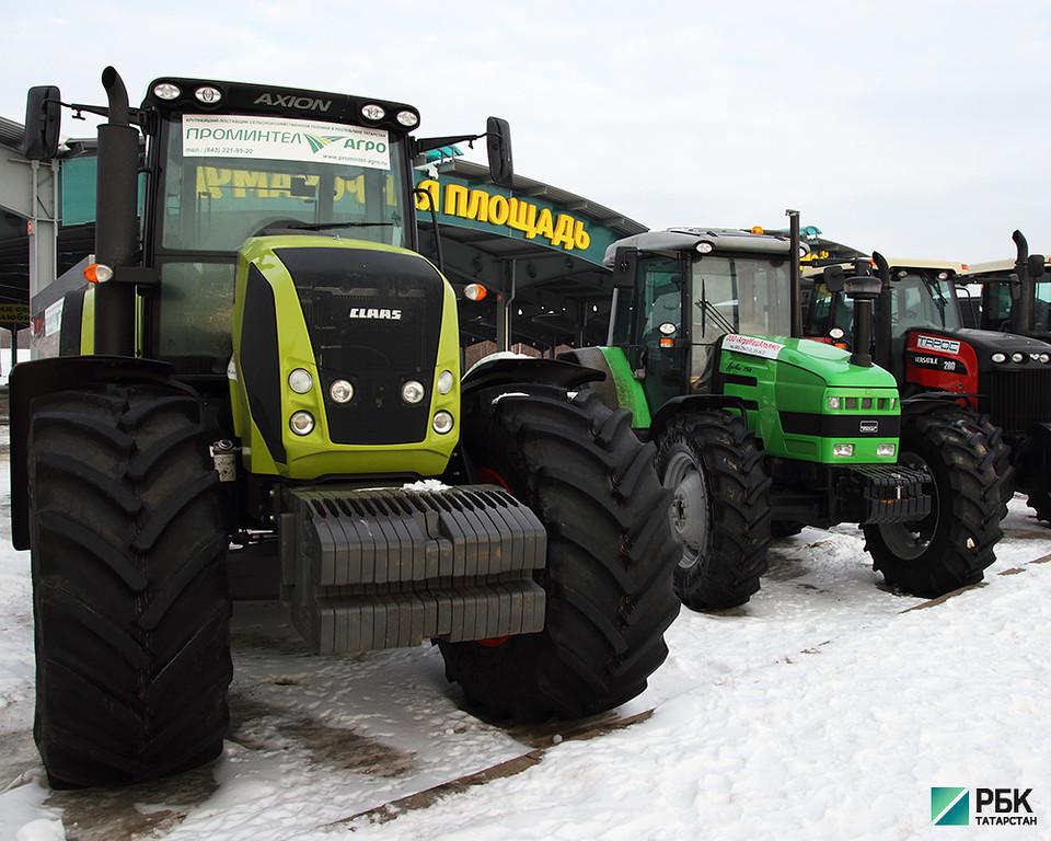 Минниханов обсудил в Давосе проект по выпуску в РТ китайских тракторов