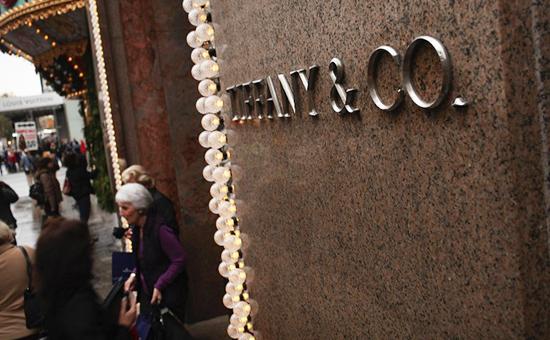 Tiffany связала падение своих продаж спротестами противТрампа