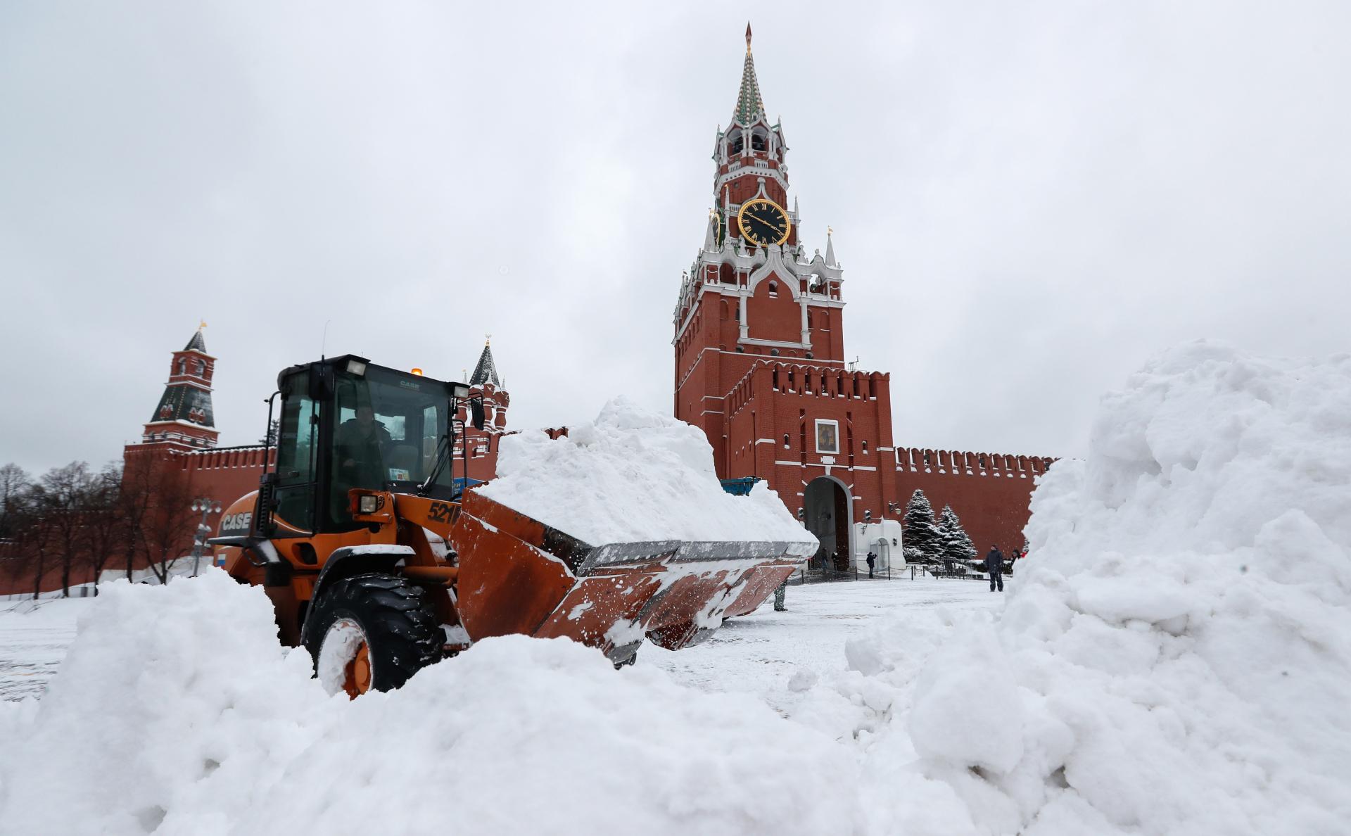 Синоптики сообщили о приближении снегопада в Москве к абсолютным рекордам photo