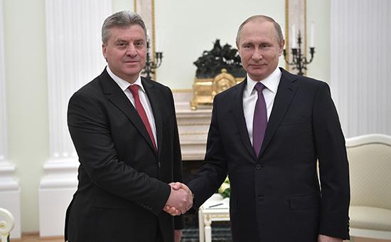 Путин призвал президента Македонии кконституционному разрешению кризиса