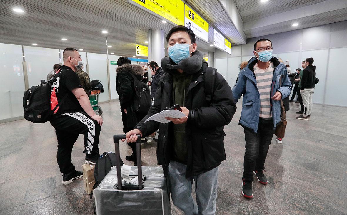 Из России вышлют нарушивших режим изоляции из-за коронавируса иностранцев