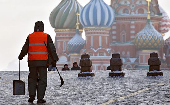Трудовые мигранты из Киргизии перевели из России на родину $433 млн