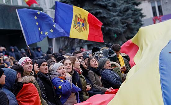 К чему приведет выход «либералов» изправительства Молдавии