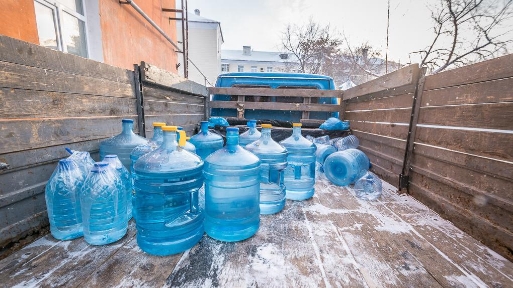 В Североуральске на человека выдается два литра воды в день по паспорту