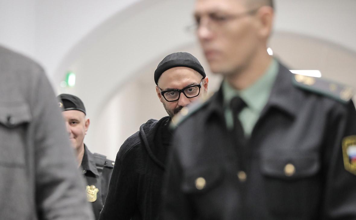 Чулпан Хаматова и Виктория Исакова пришли на суд по делу Серебренникова