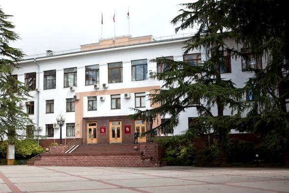 Власти Сочи прокомментировали аресты чиновников и обыски в мэрии