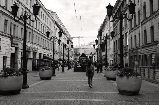 Петербург за пять минут: осенний призыв и парковка в Пулково
