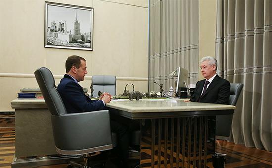 Контроль загосзакупками смягчили послежалоб Собянина иразведчиков