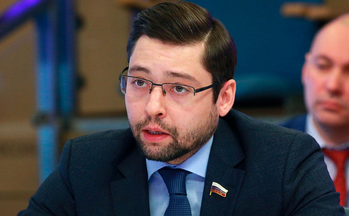 Депутат ЕР попросил СК отстранить Потанина от руководства «Норникелем»