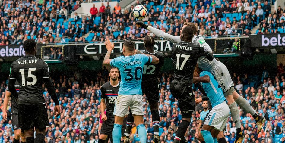 «Манчестер Сити» забил 24 гола в шести последних матчах