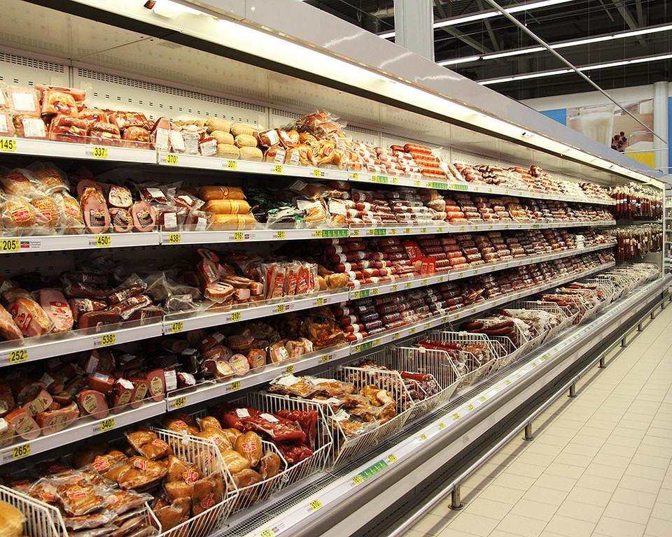 Роскачество выявило антибиотики в молочных сосисках