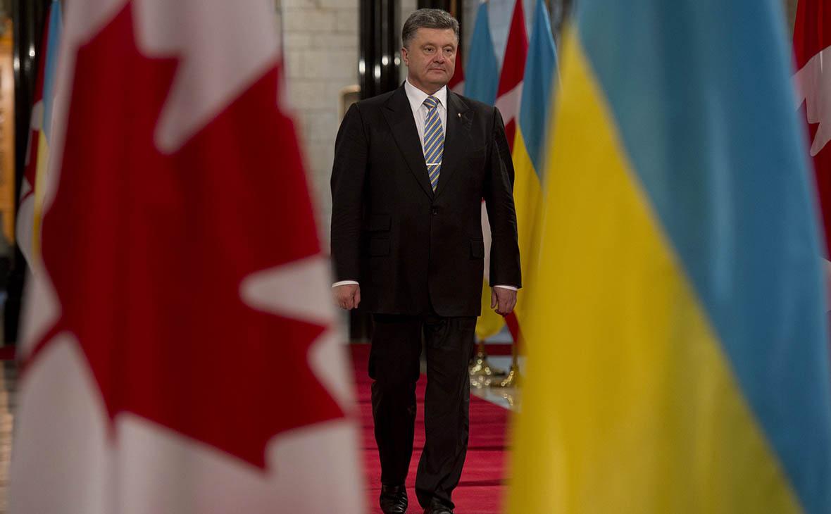 Порошенко попросил Канаду поделиться разведданными о России со спутника
