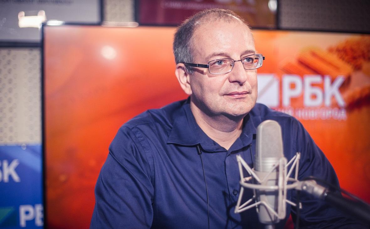 """Станислав Протасов: """"В эпоху развития машин люди останутся востребованы"""""""