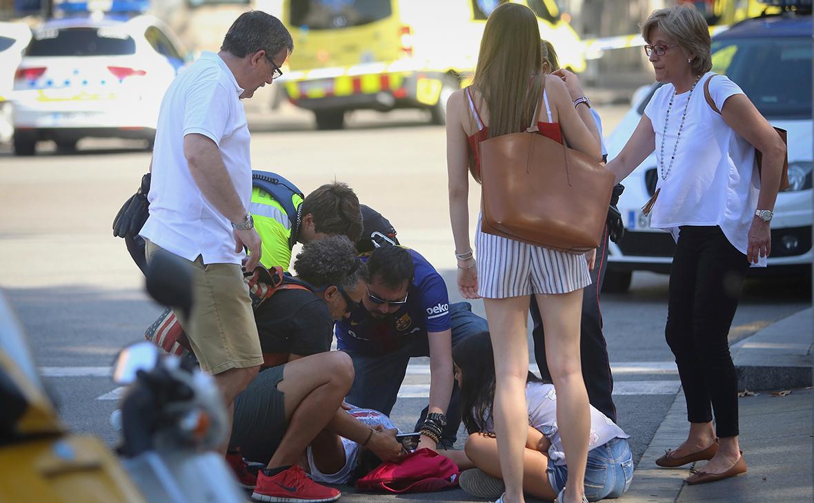 Опубликованы фотографии подозреваемых в терактах в Каталонии