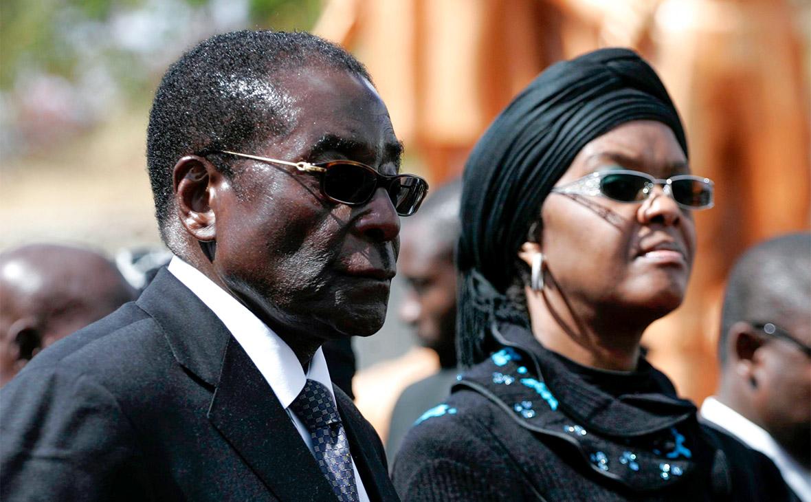 Мугабе сняли с поста лидера правящей партии Зимбабве