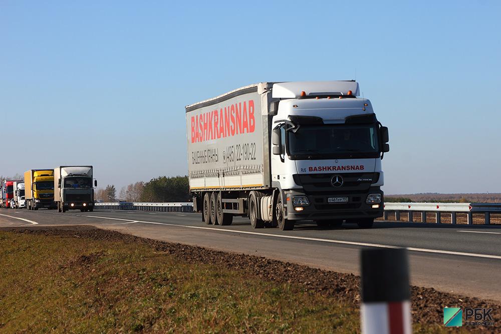 ФСБ пресекло вывоз за пределы РФ 5 тонн куриной кожи из Набережных Челнов