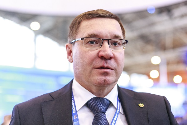 Губернатор Якушев не приехал на Гайдаровский форум