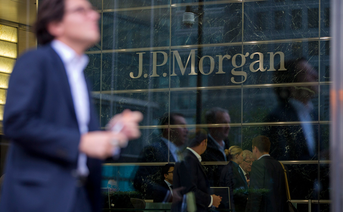 Аналитики JPMorgan назвали рубль недооцененным