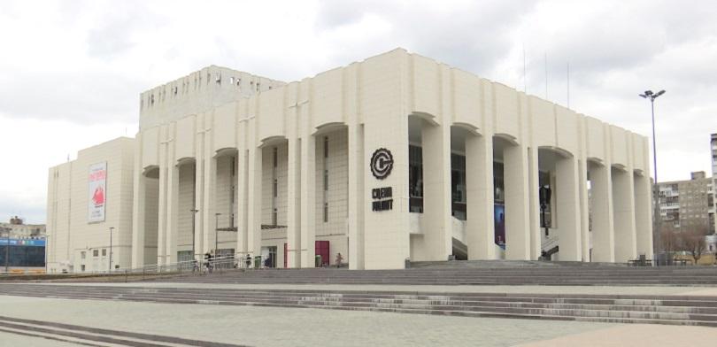 «Театр-Театр» отменит спектакли на главной сцене с мая по ноябрь