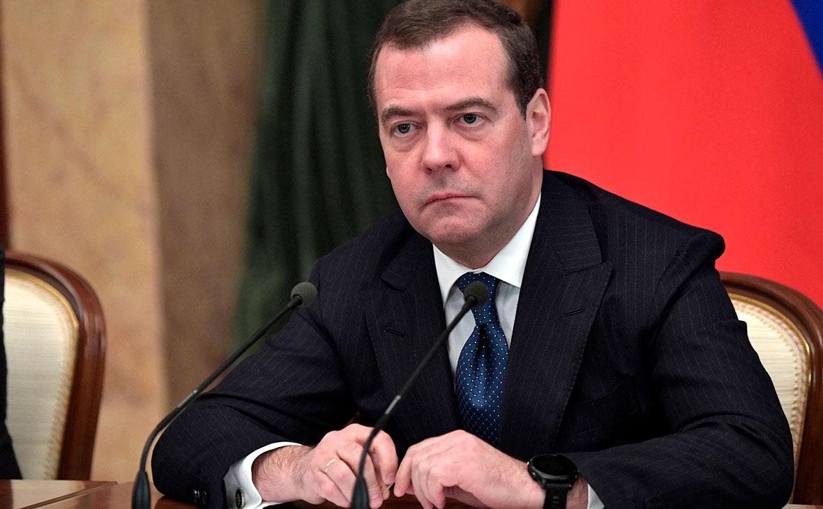Матвиенко исключила автоматическое наделение Медведева статусом сенатора