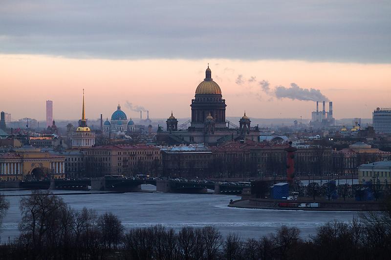 Федералы не хотят отдавать полномочия по застройке центра Петербурга