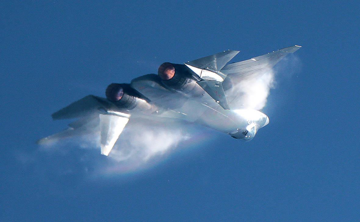 Российский новейший истребитель в Сирии: зачем Су-57 прилетел на Хмеймим
