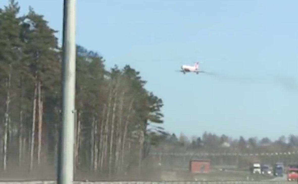 Военные опровергли аварийную посадку Ту-134 под Петербургом