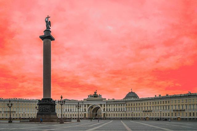 Петербург за пять минут: экспансия BIOCAD и «бумажная» архитектура