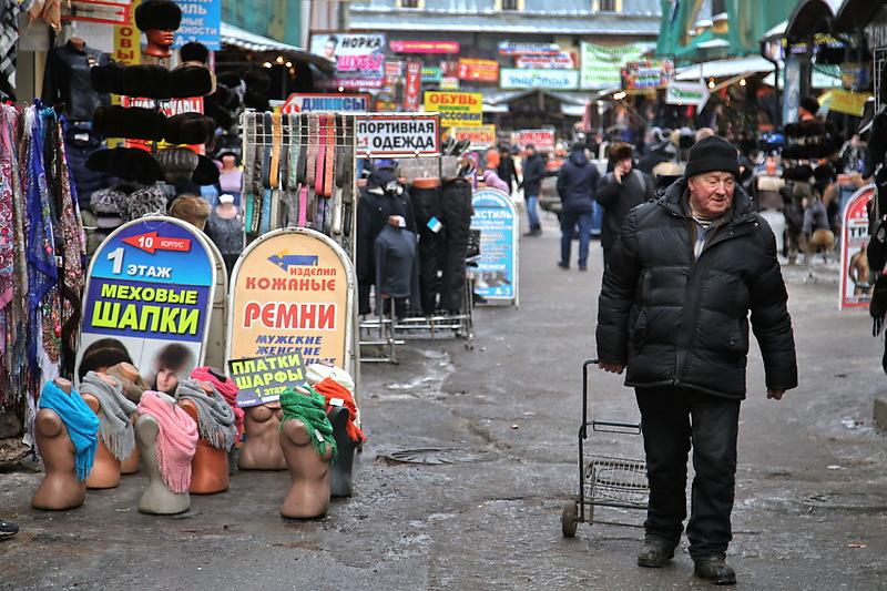 «Макияж для умирающего»: в Петербурге готовят зачистку еще одного рынка