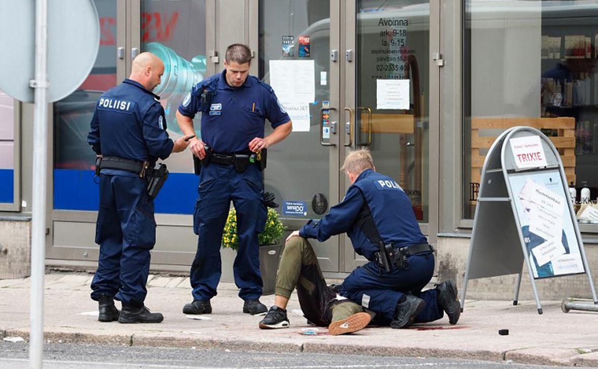 Число пострадавших от нападения в центре Турку выросло до десяти человек