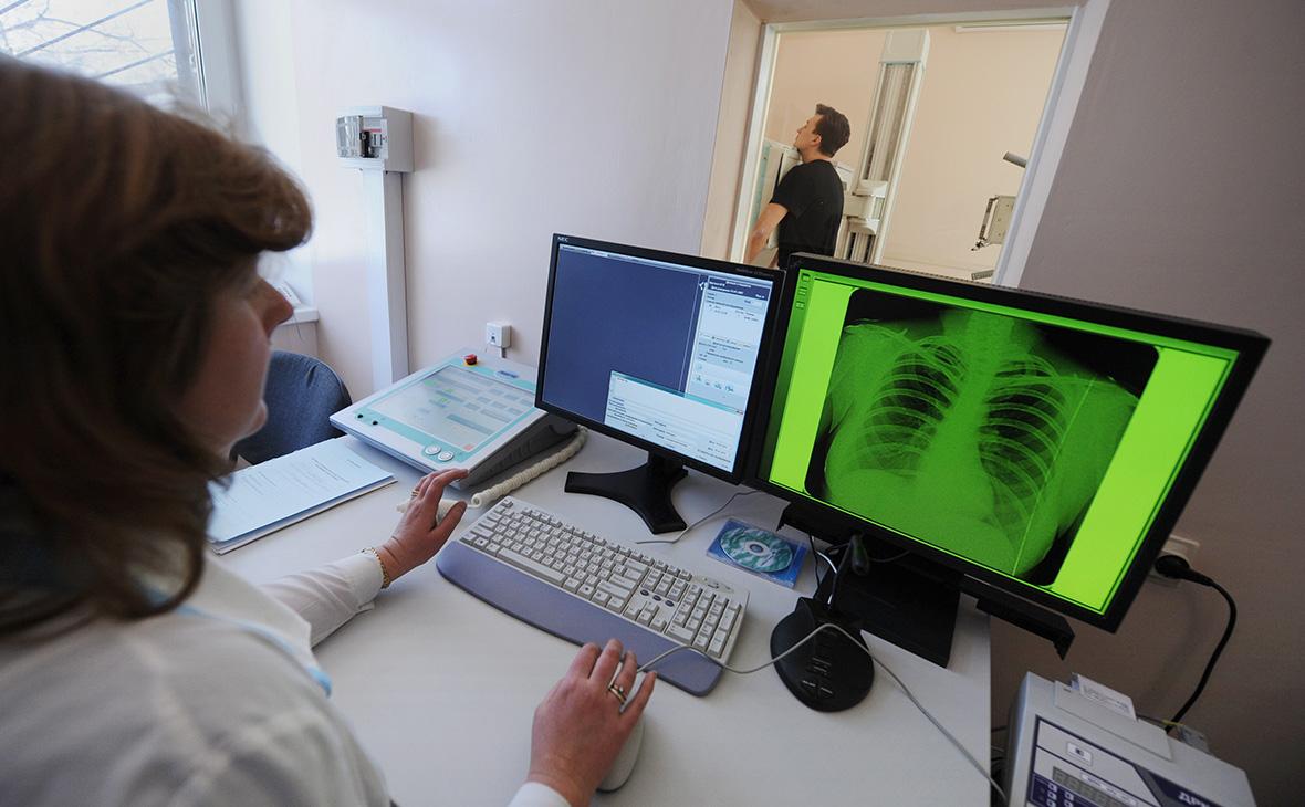 Министр здравоохранения не увидел смысла проверять на коронавирус каждого