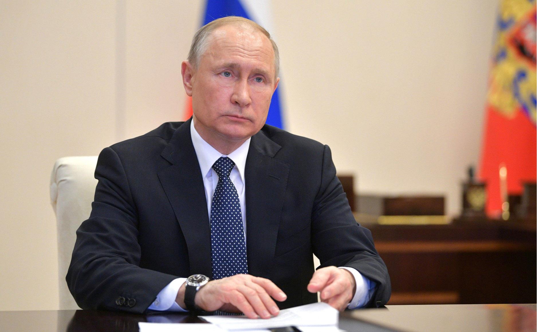Путин заявил о не пройденном Россией пике эпидемии коронавируса